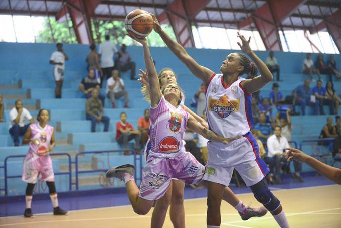 Los equipos de las Murallas de San Lázaro y las Olímpicas de La Vega salieron airosas en la primera jornada