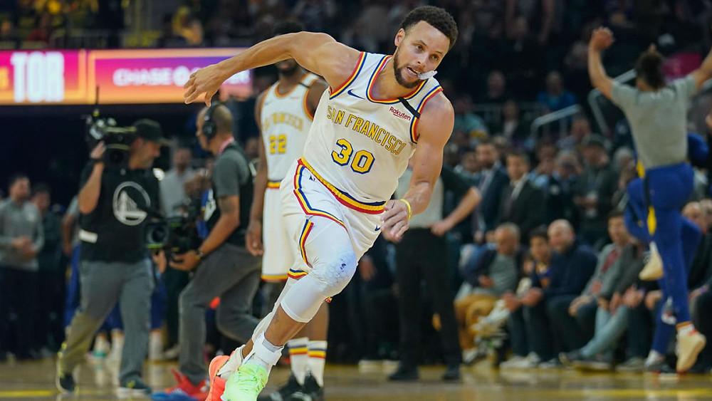 La estrella de los Golden State Warriors reapareció con 23 puntos, 7 rebotes y 7 asistencias en 28 minutos de juego