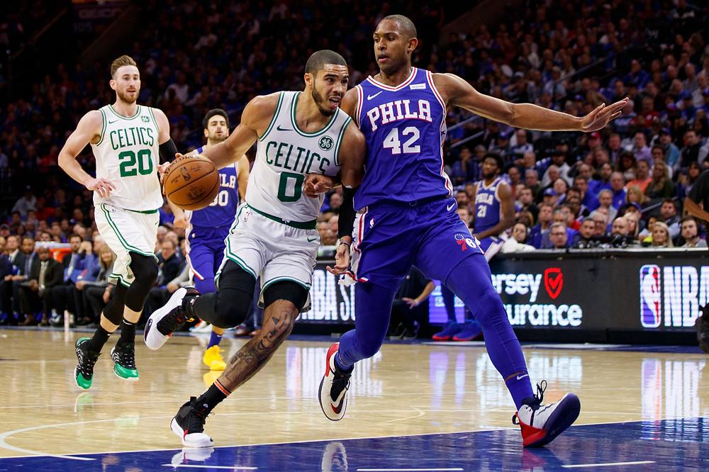 Los Philadelphia 76ers abrieron la campaña con una sonrisa, derrotando en casa a los Boston Celtics por 107-93