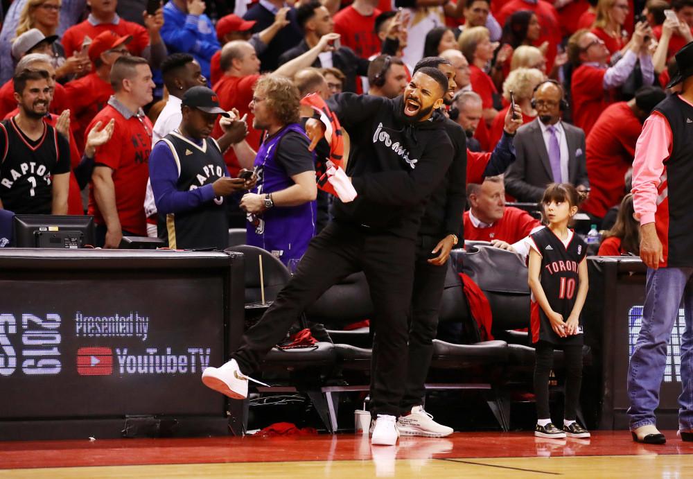 Drake seguirá en su sitio. Y presumiblemente seguirá haciendo de las suyas