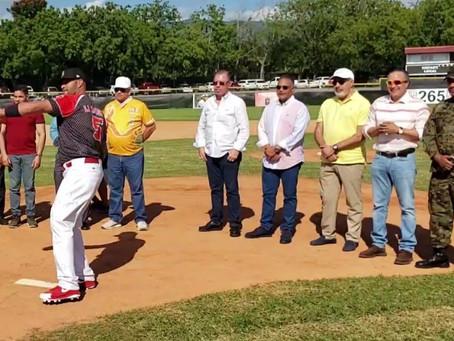 Estrellas del béisbol brillaron en el suelo y no en el cielo. Mira todas las entrevistas.
