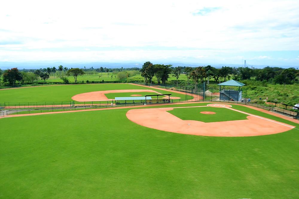3-    Uno de los estadios para jugar béisbol