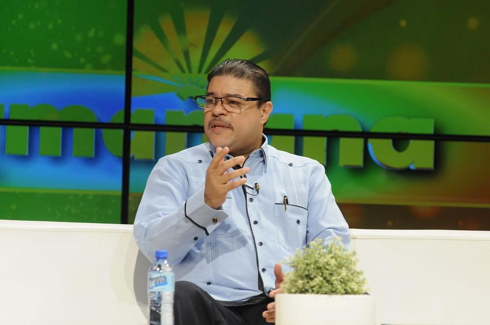 """El ministro de Deportes, Francisco Camacho, participó este martes del programa televisivo """"Esta Mañana"""", que se transmite por el Canal 4."""