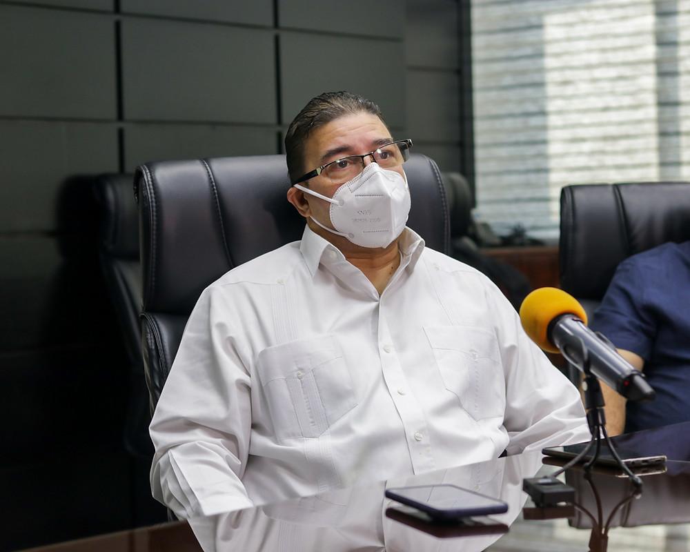 El ministro de Deportes Francisco Camacho