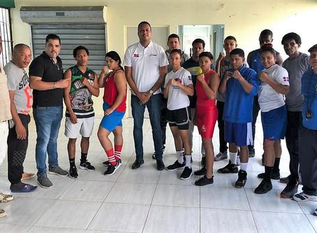 Presentan selecciones de Santiago para copa Independencia de boxeo internacional llegan delegaciones