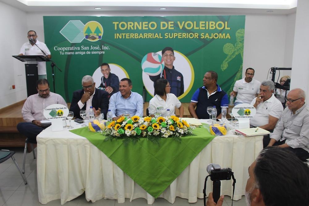 Rueda de prensa, la Asociación De Apoyo al Voleibol Matero,( ASOAVOMA)