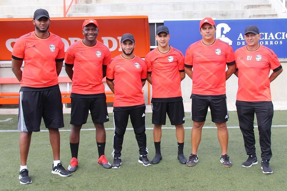 Edwar Acevedo (Beba) junto los  asistentes Junior Scheldeur, Royer Parra , Carlos Carrero, Miguel Palma, Daniel Jerez y Anthony Jerez.