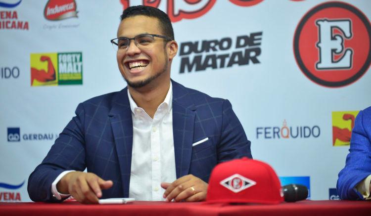 El gerente general José Gómez Frías