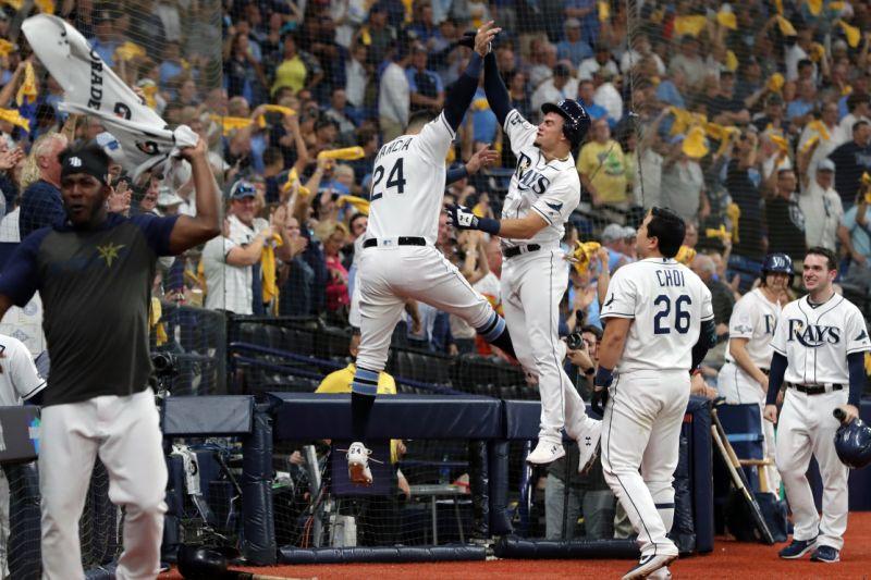 La serie, al mejor de cinco encuentros, regresa a Houston para el quinto y último partido