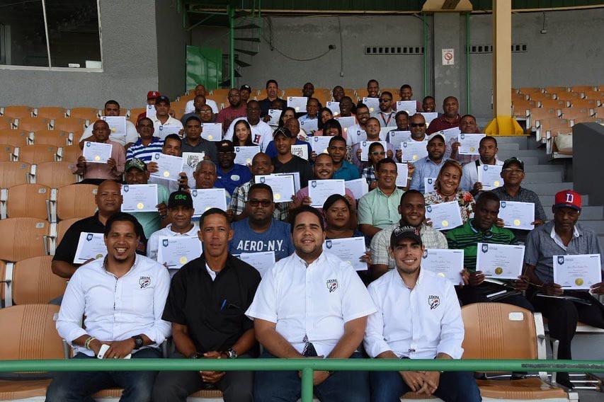 Lidom imparte taller en San Pedro de Macorís para comunicadores deportivos de la región Este