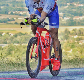 El Dominicano Luis Tomas Mendez se corona sub- campeón en el campeonato suramericano.