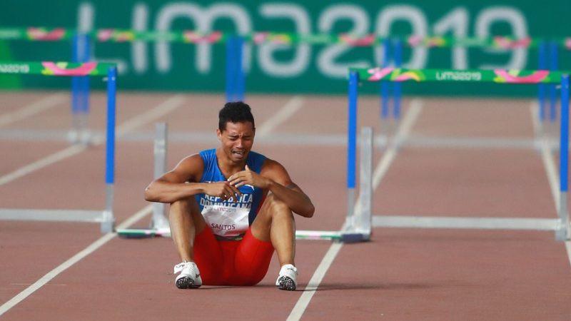 Juander Santos llora luego de caer y no conseguir medalla en Lima