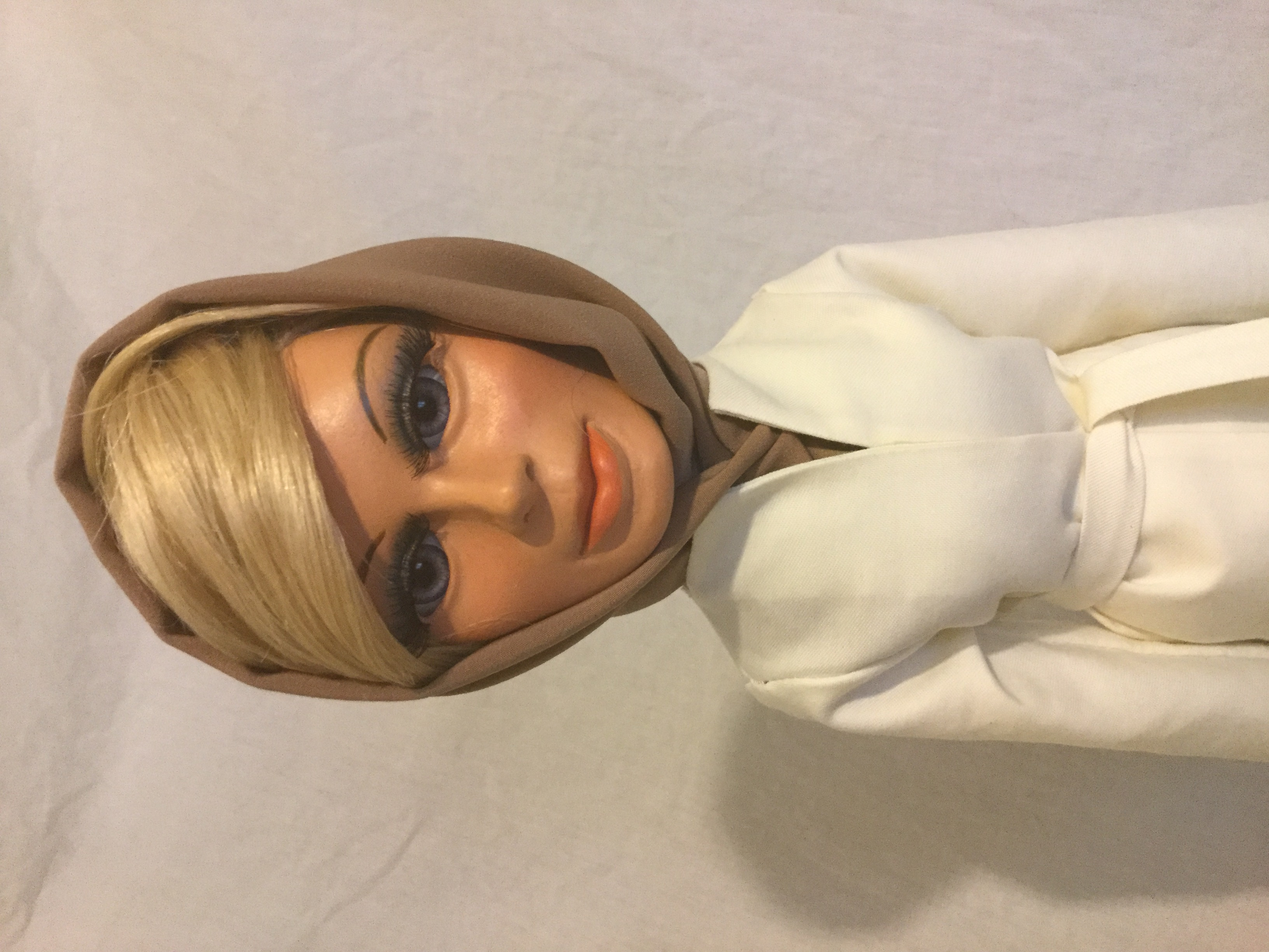Lady Penelope (White)
