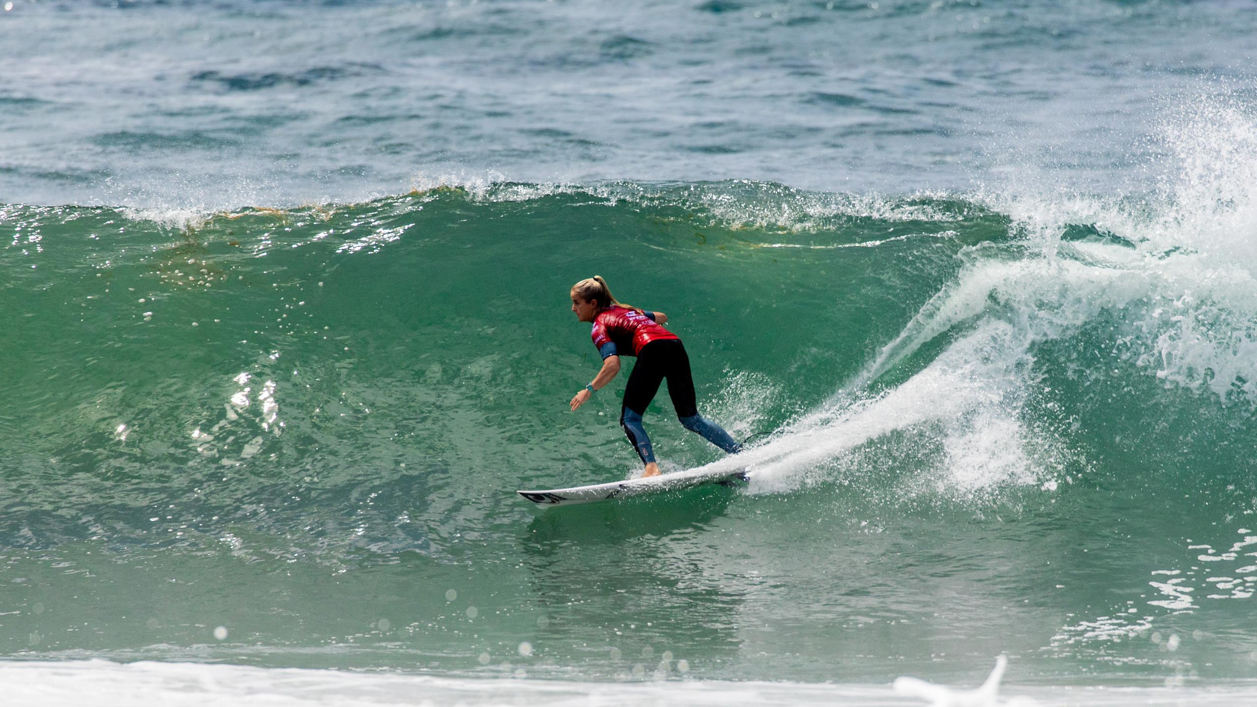A surfista Sophie McCulloch, um dos destaques do Boost Mobile Pro Gold Coast.