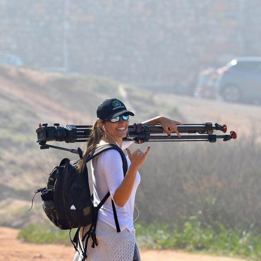 Yana Vaz, atleta e fotógrafa de surf