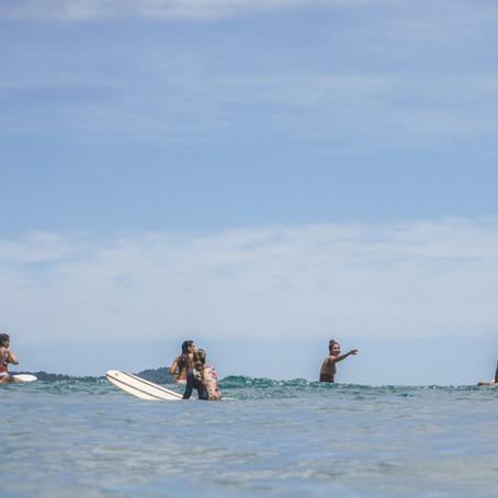 A experiência de uma surf trip feminina