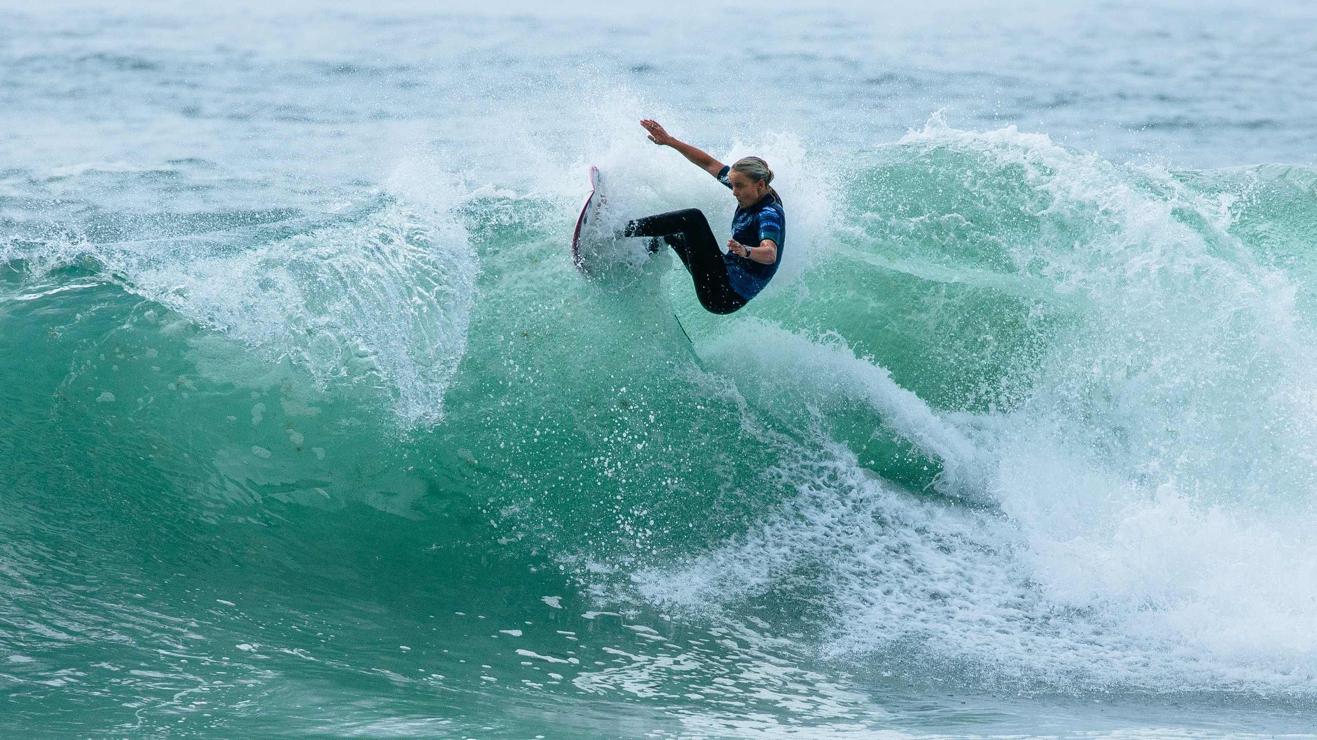 A surfista Isabella Nichols, campeã do Boost Mobile Pro Gold Coast