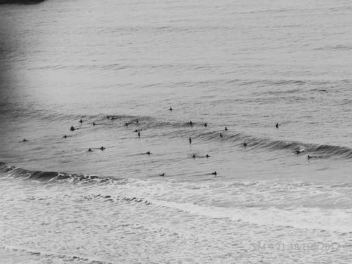 Surf ou surfe, qual é o correto?