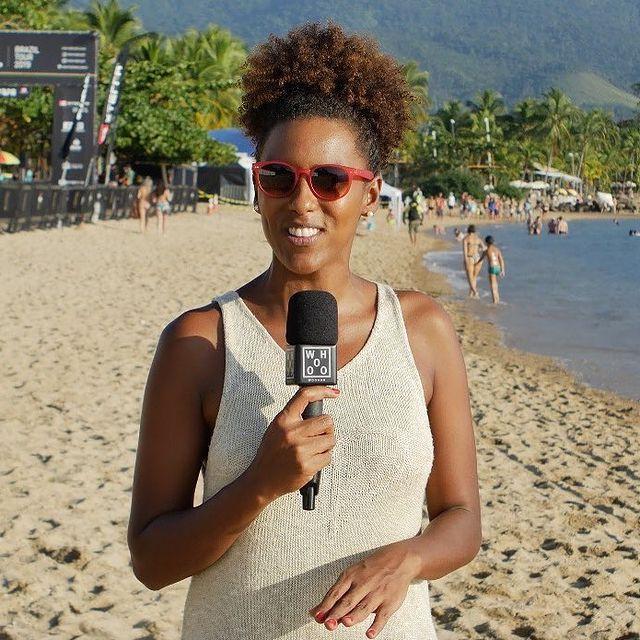 A surfista e jornalista Érica Prado