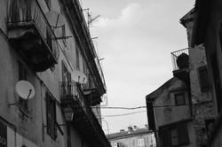 Antennes, Corte
