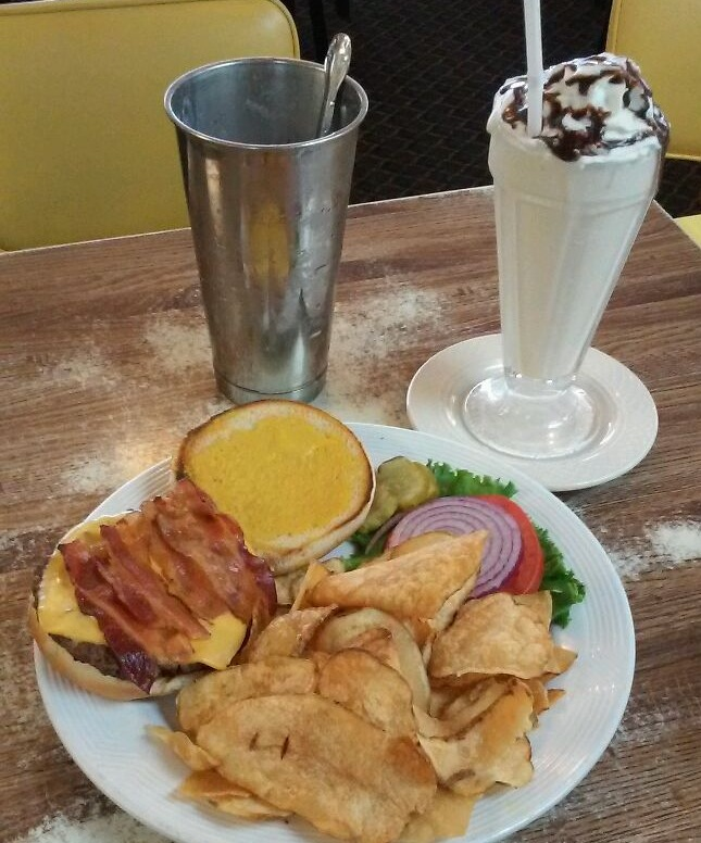Burger, Fries & Shake