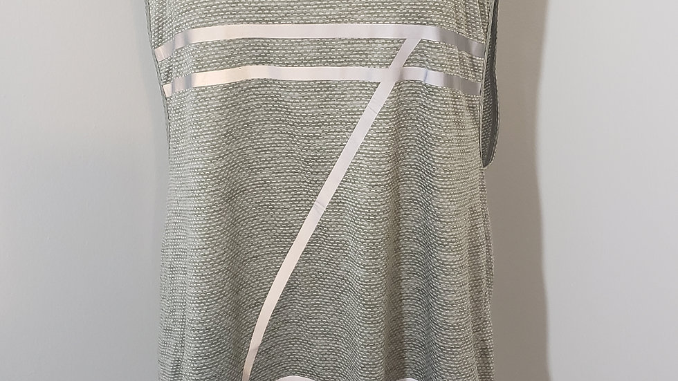 Zobha Gray Reflector Athletic Scoop Back Sleeveless Round Neck Top