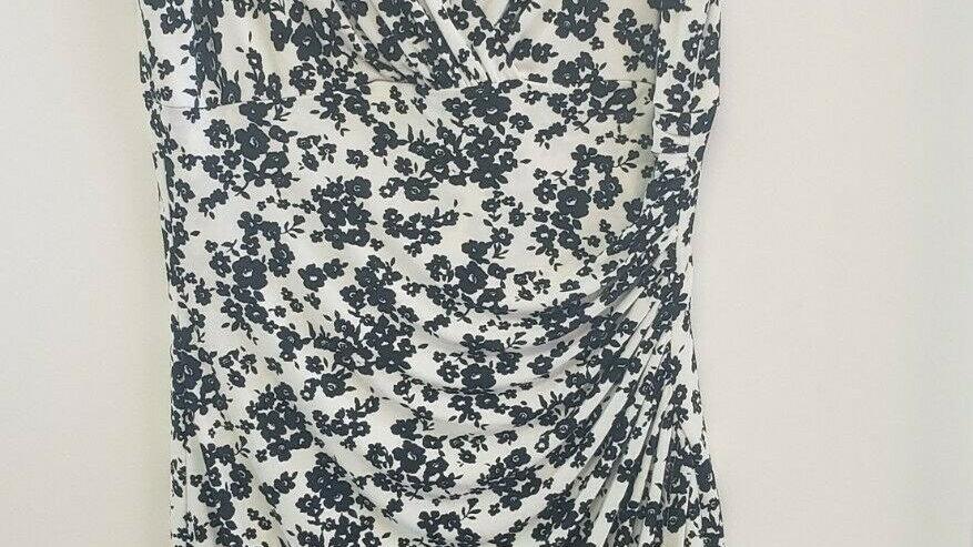 Lauren White Black Floral Side Ruched V Neck Short Sleeve A-Line Dress