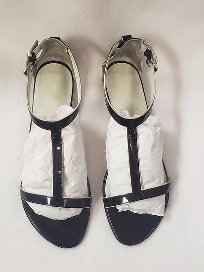 S Farragamo Black White Contrast Patent Leather T Strap Open Toe Sandal