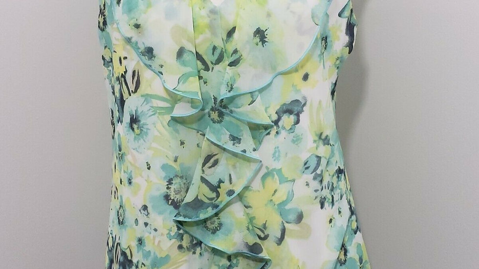 By & By Green Floral V Neck Ruffle Trim Sleeveless Lace Backing Top
