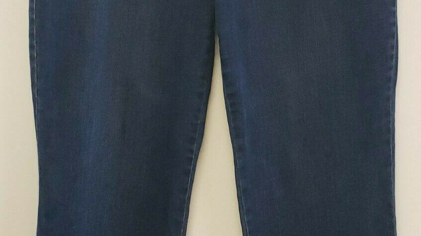 So Slimming by Chico's Washed Blue Multi Pocket Stretch Jeans