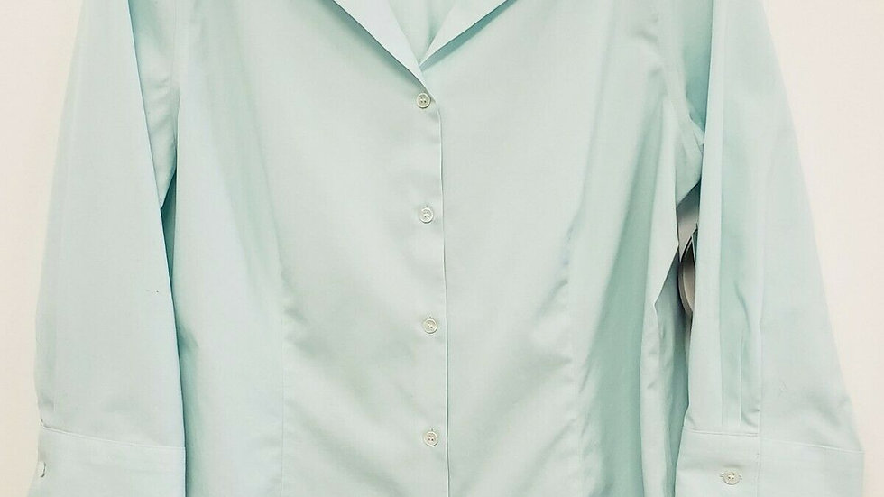 Talbots Pale Green Cotton No Iron Button Front Long Sleeve Blouse