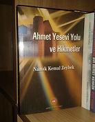 Ahmet Yesevi Yolu Ve Hikmetler