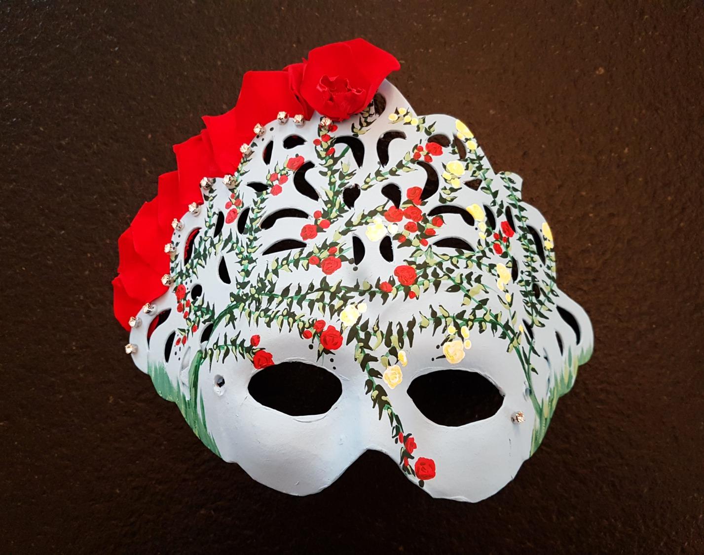 Máscara rosas de Bulgaria