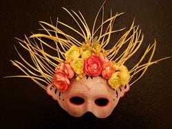 Máscara Floreada tonos Naranjas.