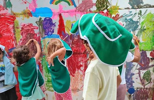 Pintando no azulejo
