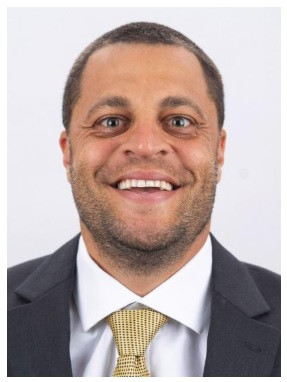 Report: Eagles bring back wide receivers coach Aaron Moorehead for 2021