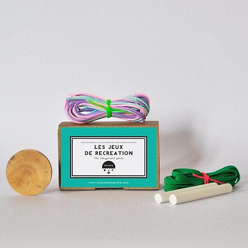jeux de récréation élastique, craie, palet, scoubidous