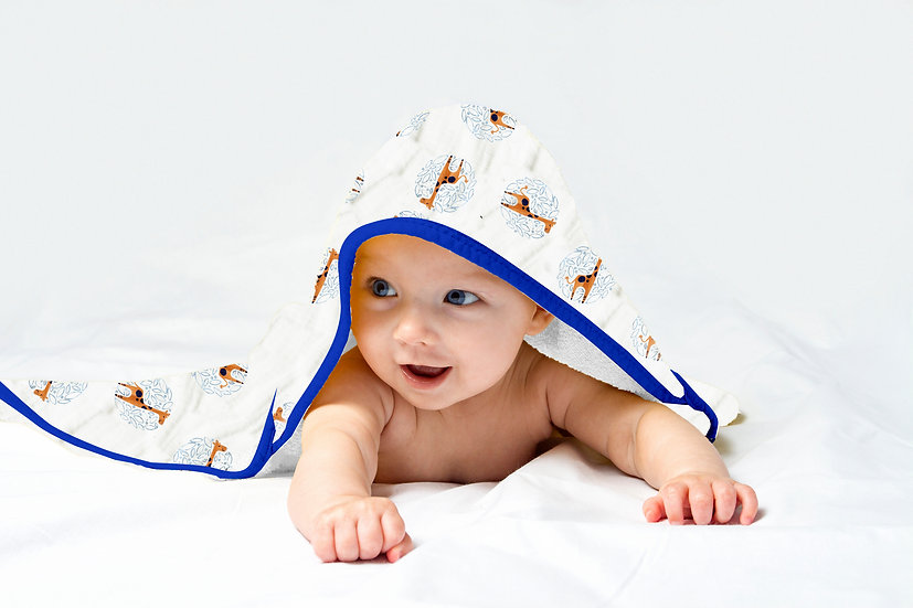 Premium Bamboo Muslin Hooded Towel and Washcloth Set - Giraffe