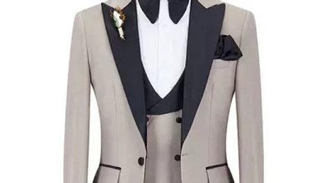 Traje para caballeros gris con solapa negra