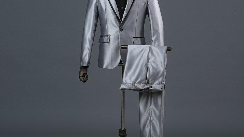 traje hombres clásicos gris claro satinado
