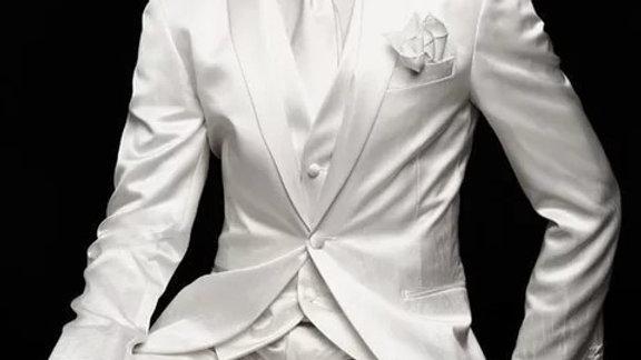 Traje blancos para bodas y eventos formales
