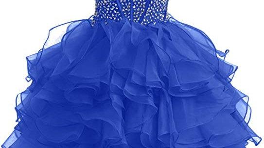 vestido corto azul con cuenta de cristal