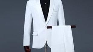 Trajes blancos para caballeros para todas ocasion