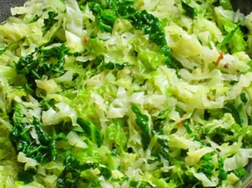 Savoy Cabbage with garlic and Scallions