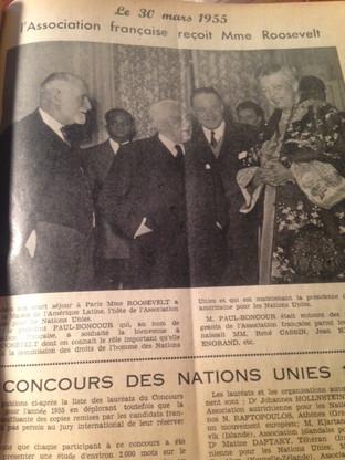 L'Association Française pour les Nations Unies (AFNU) reçoit le 30 mars 1955 Mme Eleanor ROOSEVELT, première présidente de la Commission des droits de l'homme des Nations Unies