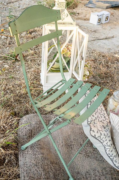 Sedia in ferro verde