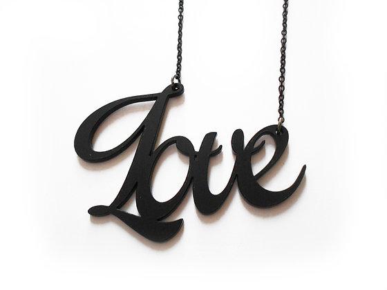 Πλέξιγκλας κολιέ Love