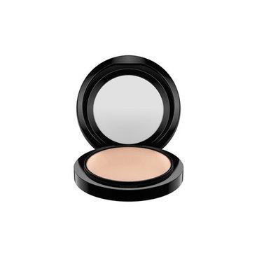 MAC Mineralize Skinfinish - Medium Plus