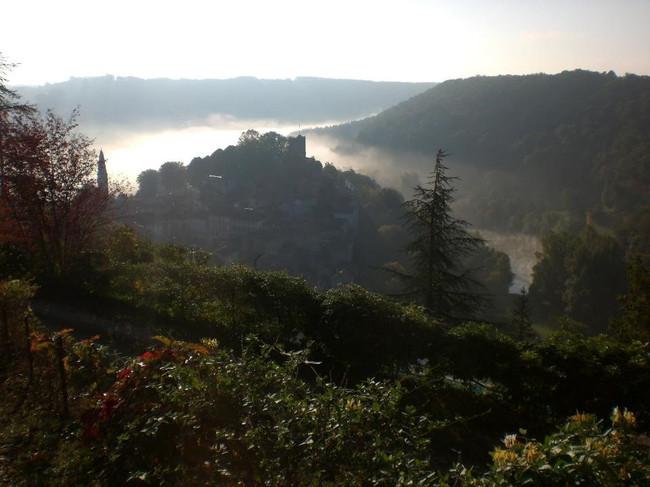 CAYLUS_Midi-Pyrenees.jpg
