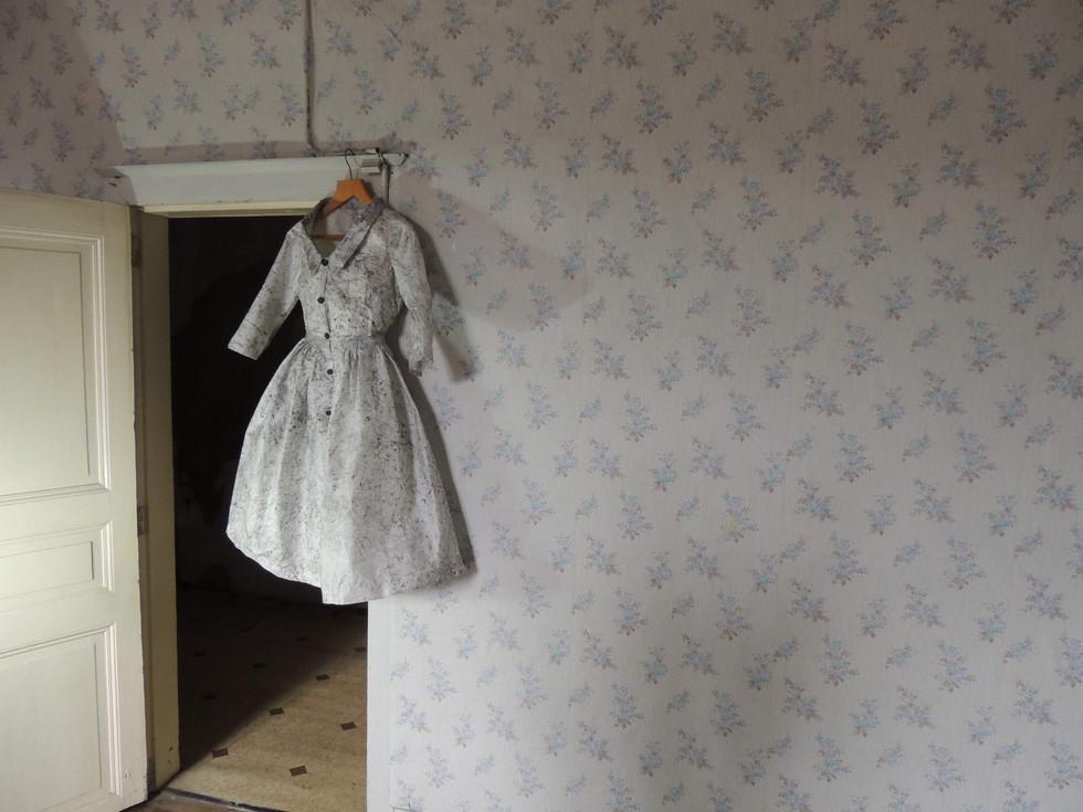 dress in doorway.jpg
